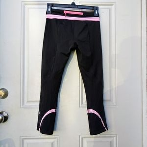 Lululemon Black And Pink Inspire Crop Size 4 Shipp